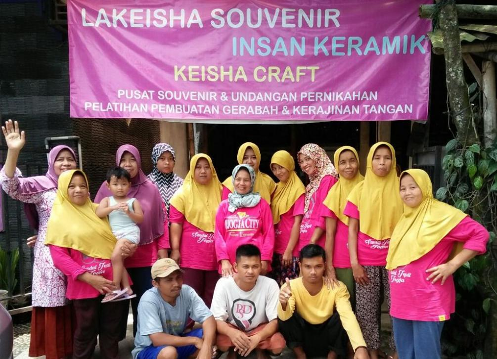 Team Souvenir Pernikahan